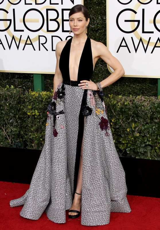 jessica-biel-golden-globe-awards-in-beverly-hills-01-08-2017-1_thumbnail-mare